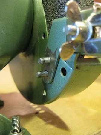 Пристосування для заточування свердел. Як заточити свердло по металу своїми руками-саморобні креслення і приспособа для заточування, як просто і правильно точити інструмент на верстаті