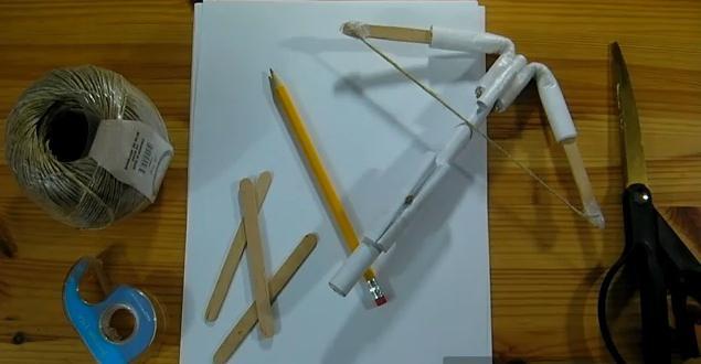 Як зробити з паперу найпростіший арбалет. Як зробити арбалет з паперу? паперовий арбалет своїми руками