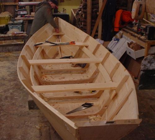 Розкрій фанери для човна своїми руками. Саморобні човни для риболовлі з різних матеріалів