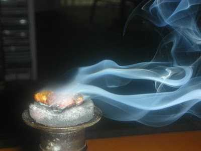 З чого виробляють ладан. Боротьба з курінням
