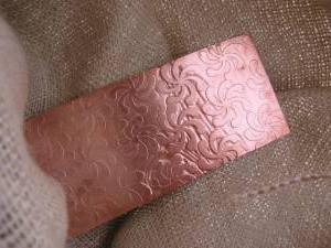 Чим протравити алюмінієву деталь щоб стала білосніжною. Лужне травлення
