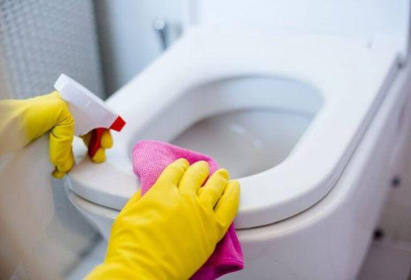 Як і чим можна відчистити унітаз від іржі і нальоту в домашніх умовах? чим очистити іржу з унітазу – швидке і ефективне рішення проблеми кращий засіб від іржі в унітазі.