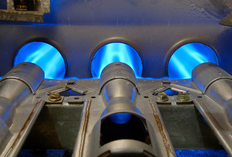 Самостійний монтаж конвекторів опалення. Чим хороші внутрішньопільні опалювальні конвектори решітки для підлогових конвекторів своїми руками