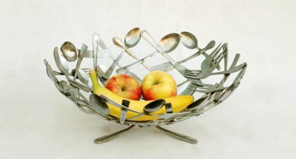 Використовувати старий посуд. Вироби зі старого посуду